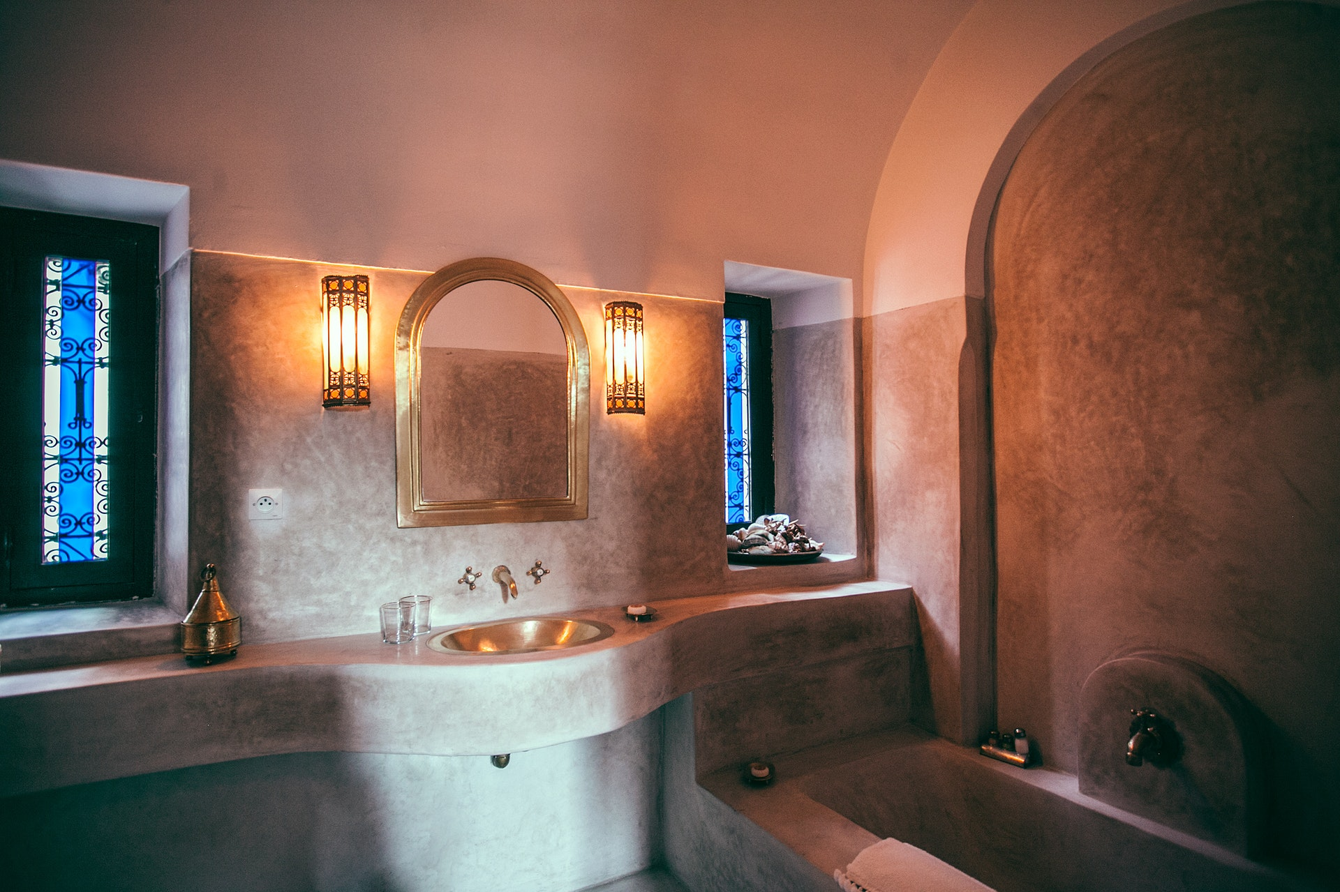 Smart Bathroom Organizing Ideas to Improve Your Home